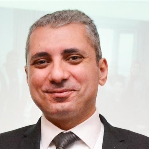 صدى العرب: فـوز الدكتور محمد أُنسـي الشـافعى باكتساح نقيبًا لصـيادلة الاسـكندرية