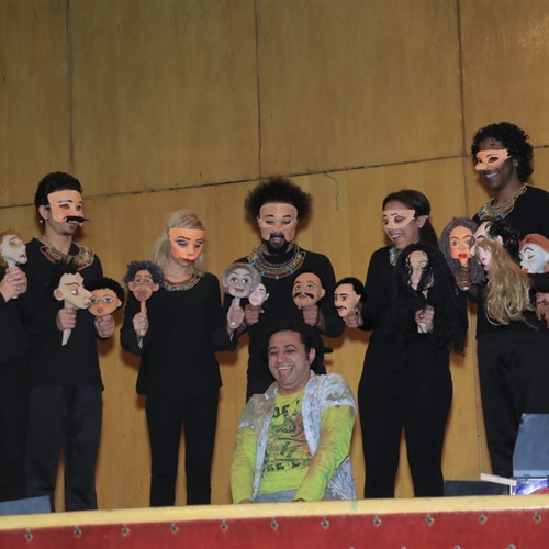 صدى العرب: بسبب الجمهور.. تقديم رائعة وجوه مرتين على مسرح صاحبة الجلالة