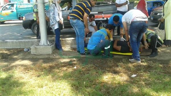 اخر اخبار الحوادث . إصابة شخص في تصادم سيارتين بمحور صلاح سالم