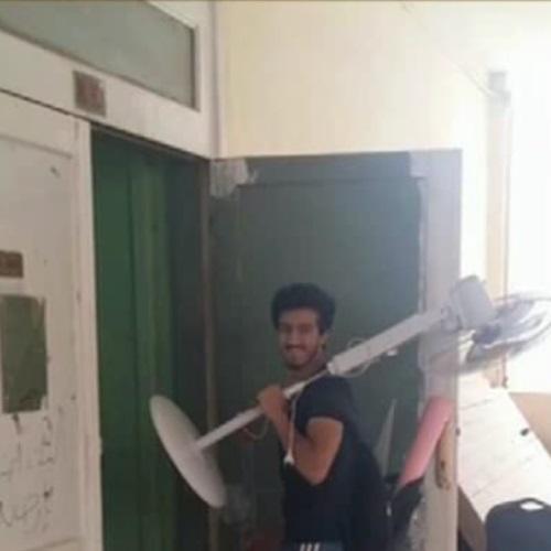صدى العرب: طالب بهندسة حلوان:  بروح الامتحانات بالمروحة  ..  بالفيديو